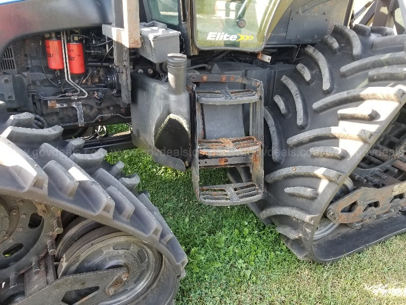 2007 New Holland T6040 with Soucy Tracks, Tires and Blade, Snow Groomer
