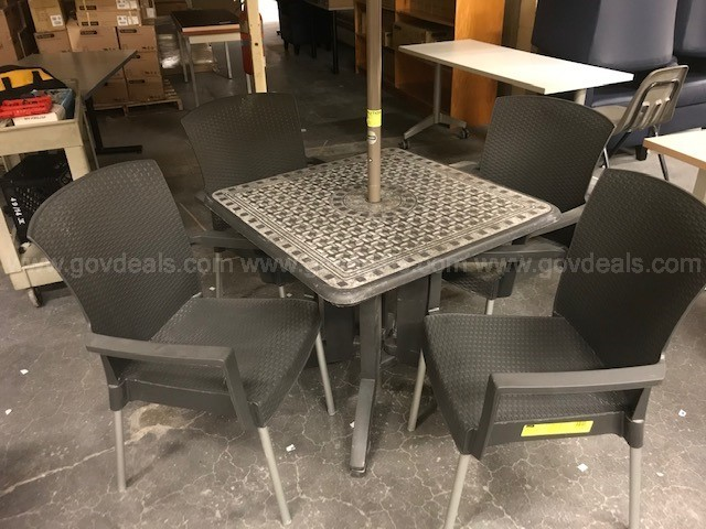 Patio Set: Table, 4 chairs, Umbrella