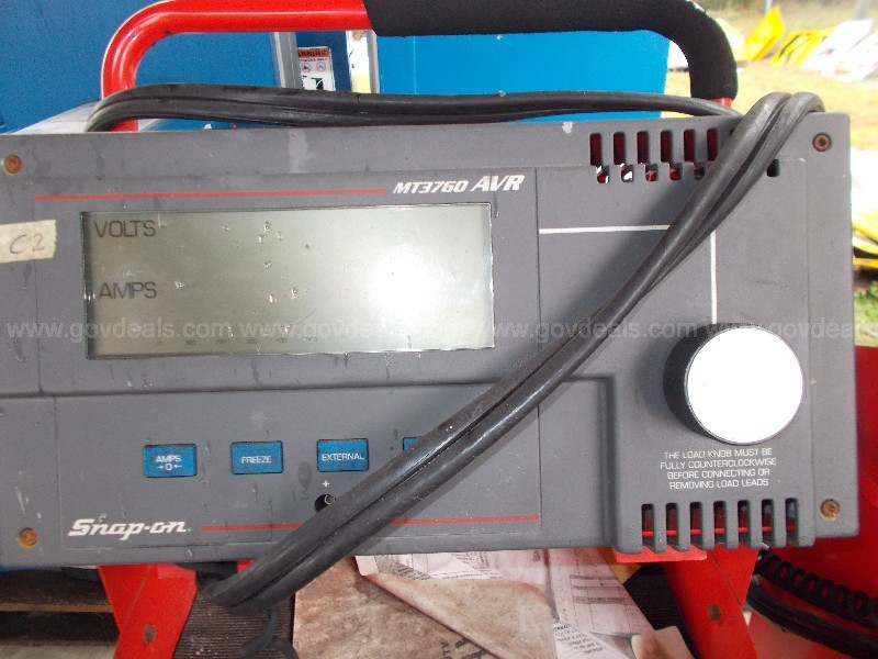 (2) USED MT3760 HEAVY DUTY AVR TESTERS MADE BY SNAP-ON